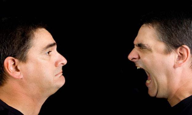 Проявление у больного слуховых галлюцинаций