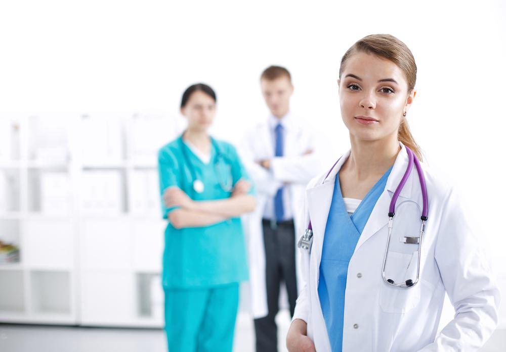 врачи клиники